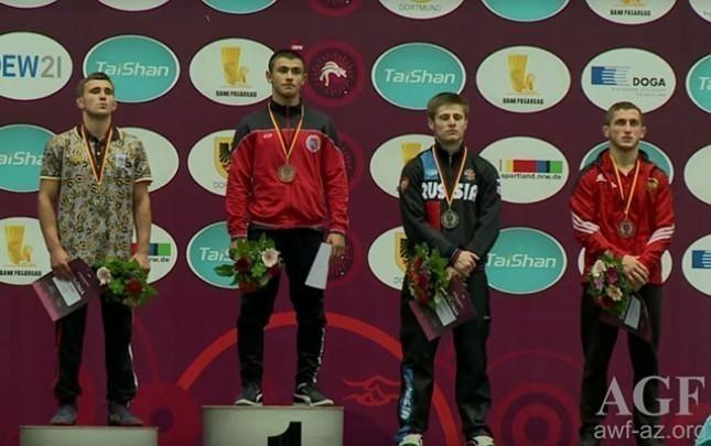 İlk gündə 1 qızıl, 1 gümüş, 1 bürünc medal