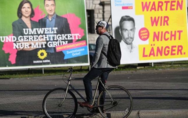 Almanlar yeni kanslerini seçirlər