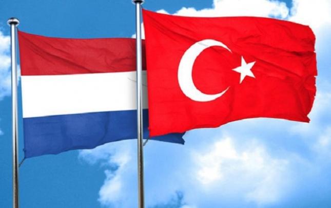 Türkiyə-Hollandiya gərginliyi artır