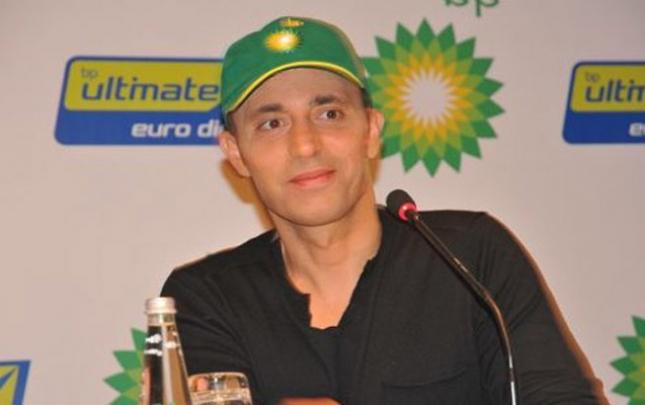 Mustafa Sandal BP-ni məhkəməyə verdi