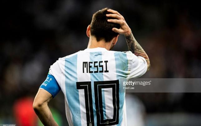 Messi Sampaoliyə etiraz etdi