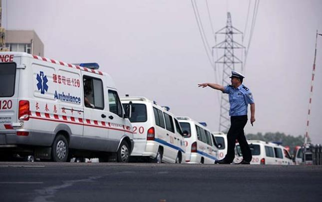 Çində yük maşını qəzaya düşdü, 20 nəfər öldü