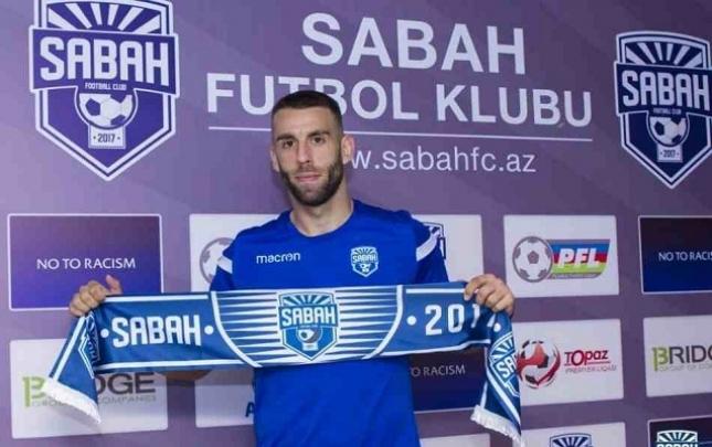 """Serbiyalı futbolçu """"Sabah""""da"""