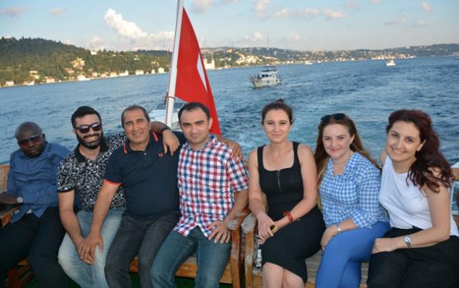 Azərbaycanlı jurnalistlərin Türkiyə sərgüzəştləri