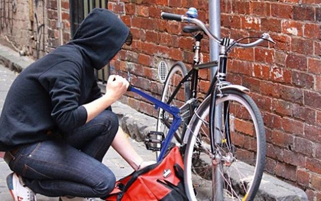 Keçmiş məhkum velosiped oğurladı