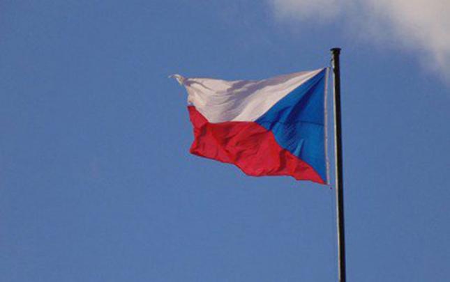Çexiya Rusiya səfirliyinin 18 əməkdaşını ölkədən göndərir