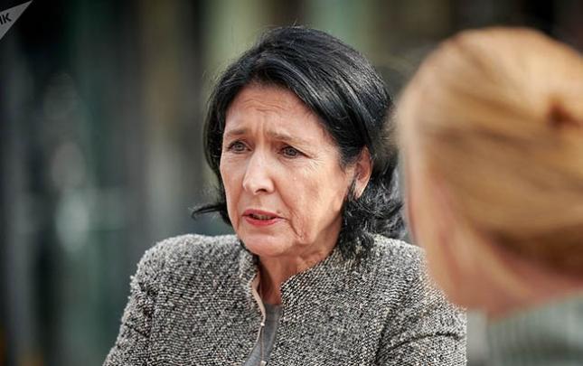 Gürcüstan Prezidenti barədə istintaq başladıldı