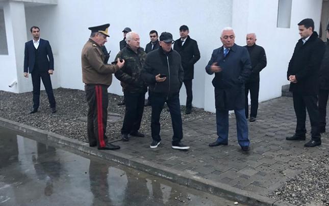 Kəmaləddin Heydərovla Baba Rzayev yanğın olan stansiyada