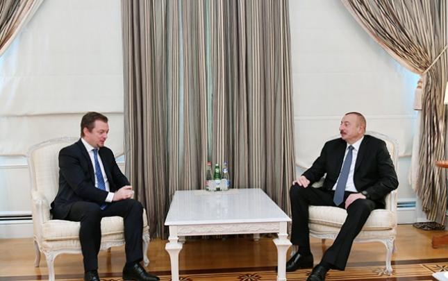 Əliyev Beynəlxalq Paralimpiya Federasiyasının prezidenti ilə görüşüb