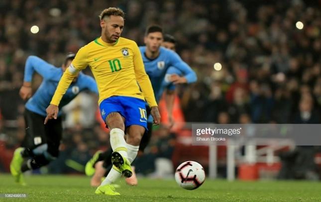 Neymar Braziliyaya qələbə qazandırdı