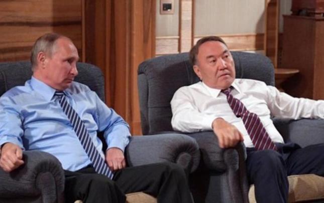 Nazarbayev istefa qərarını Putinə deyibmiş