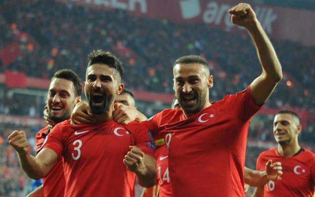 Türkiyə 4 qol vurdu