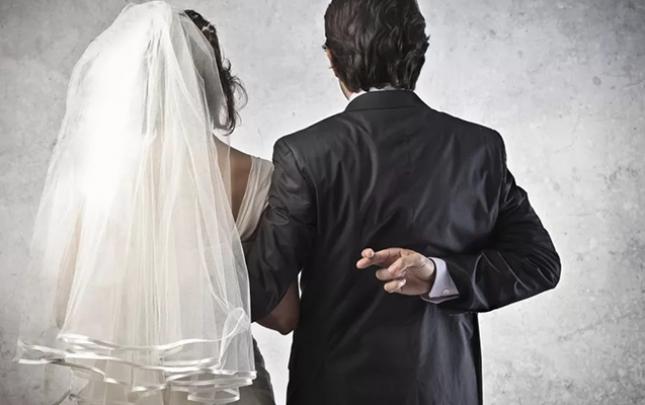 Rusiya vətəndaşı olmaq üçün saxta nikah bağladı