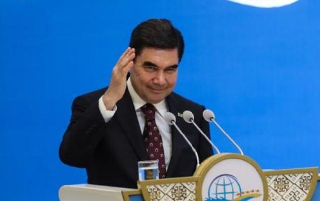 Türkmənistan prezidenti kəpənəklərlə mübarizəyə qalxdı