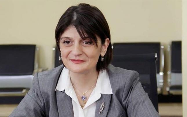 Gürcüstanda nazir Rusiya şüarına görə istefaya göndərildi