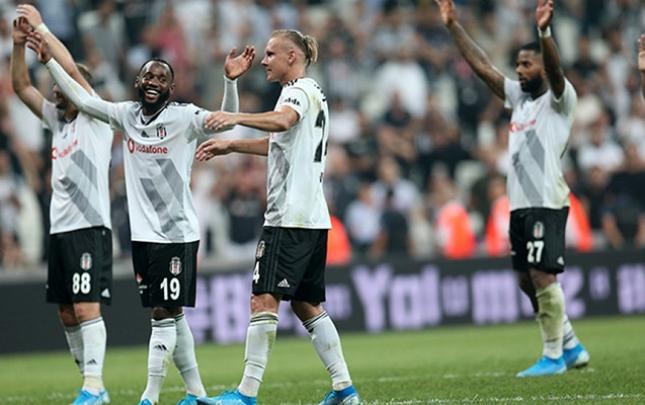 """""""Beşiktaş"""" ilk qələbəsini qazandı"""