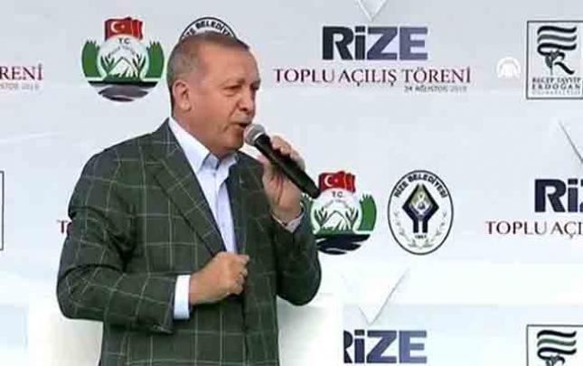 """""""İstanbulu sel basdı, bəyəfəndi tətildə"""""""