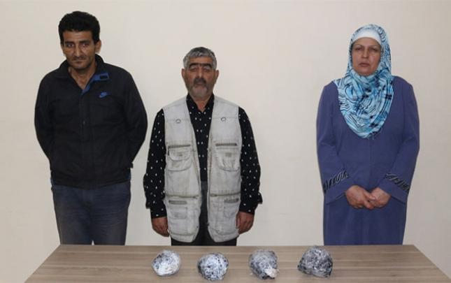 Azərbaycan sərhədinə doğru gələrək 4 bağlama atıb...