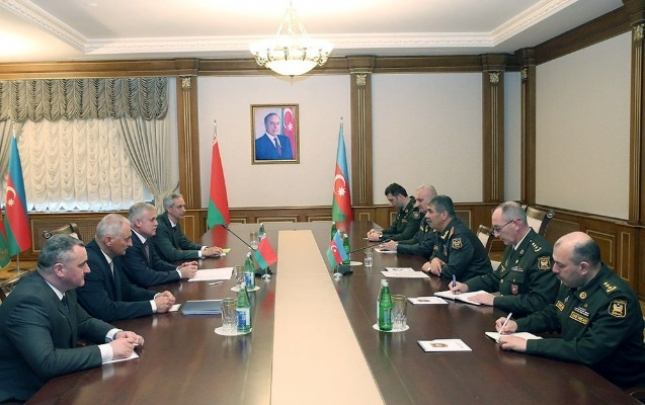 Zakir Həsənov Belarus TŞ-nın dövlət katibi ilə görüşdü