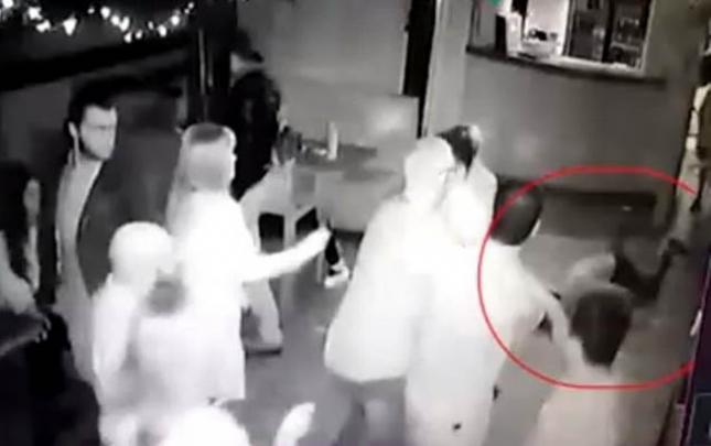 Rusiyada azərbaycanlı kafedə diceyi öldürdü
