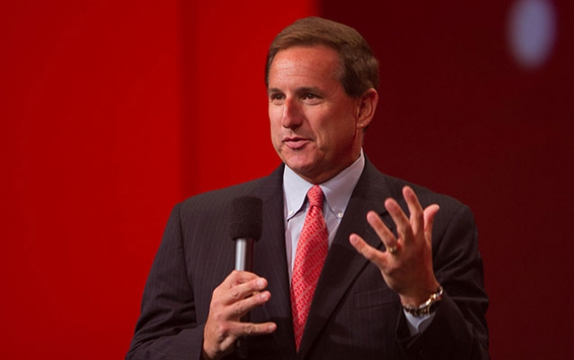 """""""Oracle""""ın baş direktoru dünyasını dəyişdi"""