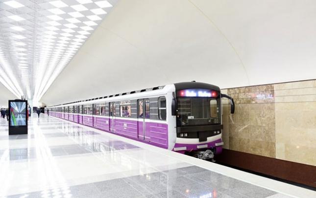İcazəsiz mitinqə görə bağlanan stansiyalar açıldı, avtobuslar əvvəlki sxemə qayıtdı