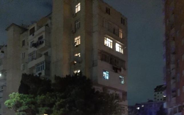 Bakıda binada yanğın, 10 nəfər tüstüdən zəhərləndi