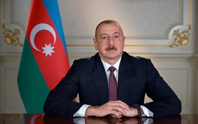 Prezident Şahbaz Muradovu təltif etdi