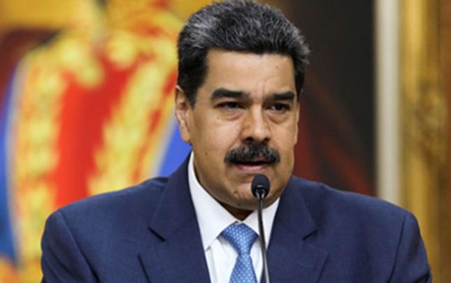 Maduro canlı yayımda telefon nömrəsini açıqladı