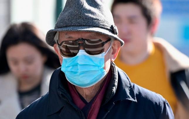 Deputatlar tibbi maska məsələsini müzakirə etdi
