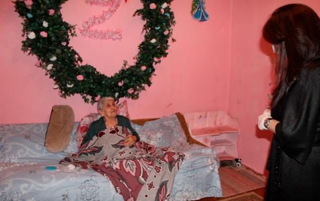 Suraxanı Rayon İcra Hakimiyyəti tərəfindən aztəminatlı, kimsəsiz yaşlılara yardım edilib