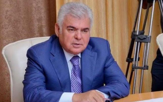 Ziya Məmmədov fonda 2 min, oğlu isə 3 min ayırdı