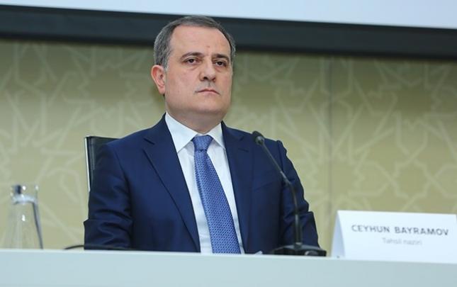 Ceyhun Bayramov Britaniyanın dövlət nazirini məlumatlandırdı