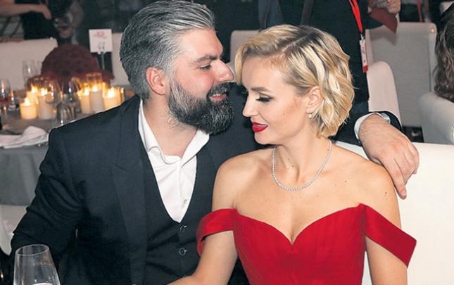 Polina fotoqraf ərindən boşanır