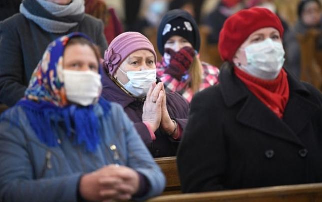 Rusiyada koronavirusa yoluxma tempi 12 dəfə azalıb