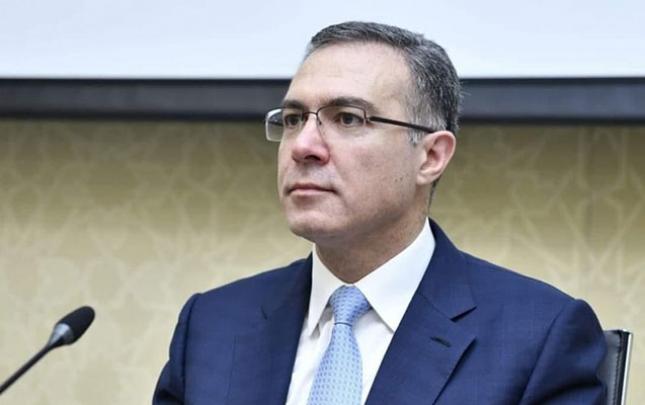 Prezidentin köməkçisi kartı bloklanan şəxslərdən danışdı
