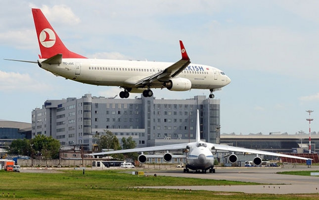 Rusiya Türkiyənin kurort şəhərlərinə uçuşları bərpa etdi