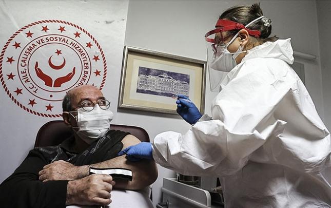 Türkiyədə bu gün 354 nəfər koronavirusdan öldü