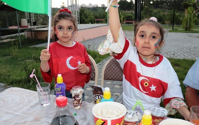 Şəhid və qazi övladlarına Türkiyə yığmasının formaları təqdim olundu