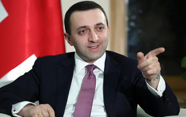 Gürcüstanın Baş naziri Saakaşvilini narkoman adlandırdı