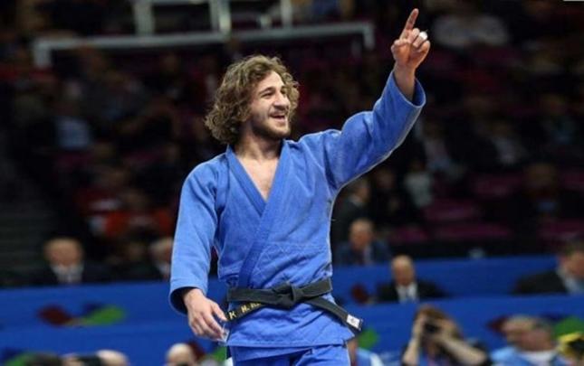 Hidayət Heydərov qızıl medal qazandı