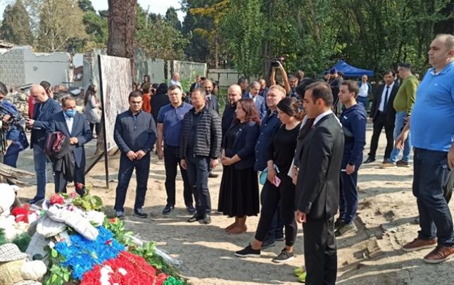 Ukraynalı deputatlar Gəncədə
