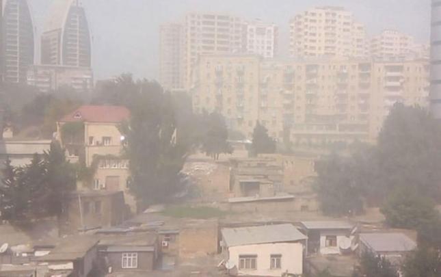 Bakıda toz-dumanın miqdarı artıb?