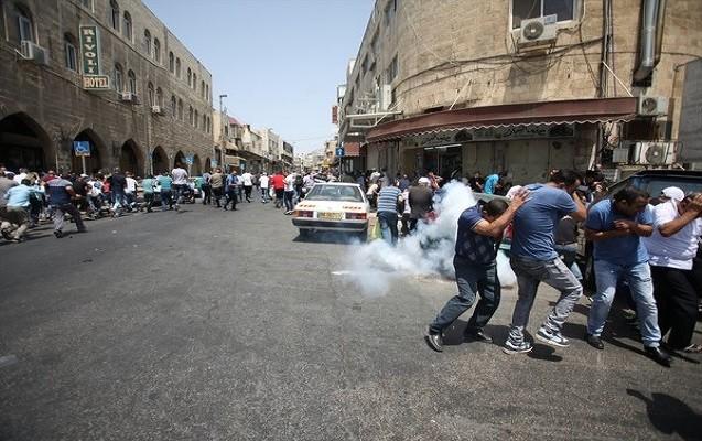 İsrail polisi namaz vaxtı müsəlmanlara hücum etdi