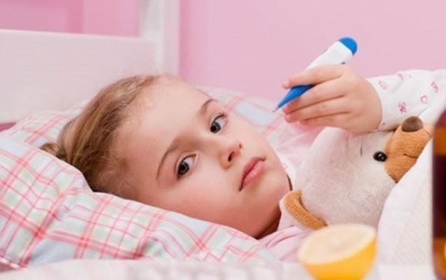 Baş pediatrdan uşaqlarda virusun yayılmasına