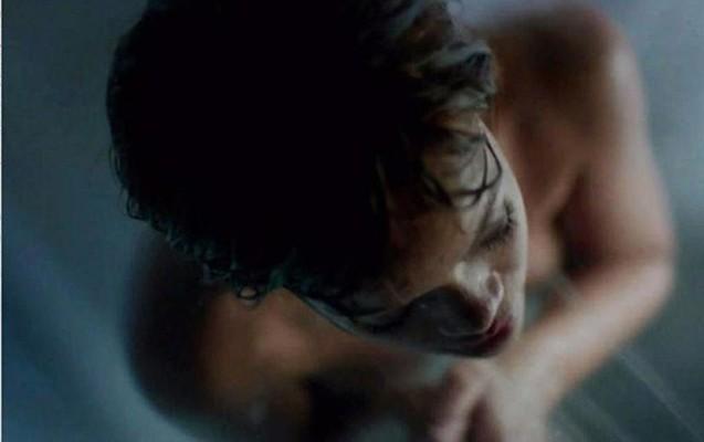 Rihannanın qalmaqallı görüntüləri