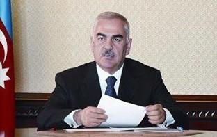 Vasif Talıbov fəxri adlar verdi