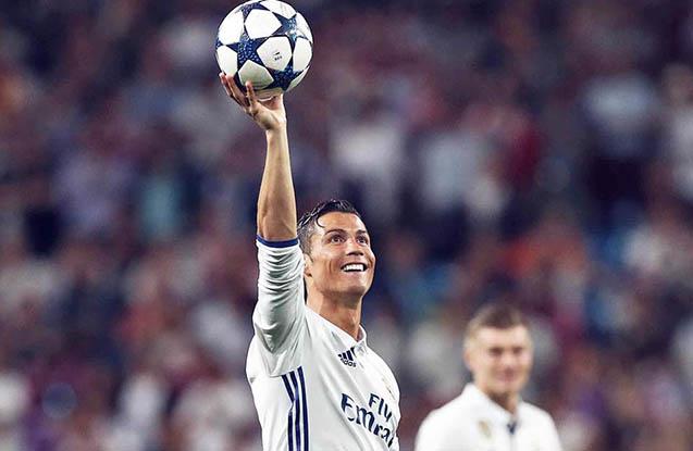 Ronaldo ilin ən yaxşısı seçildi