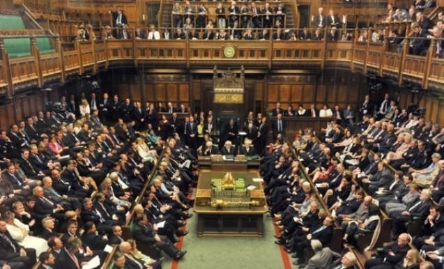 İngiltərə parlamenti erkən seçkiləri dəstəklədi