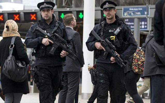 Londonda terakt törətməyə hazırlaşan iki gənc saxlanıldı